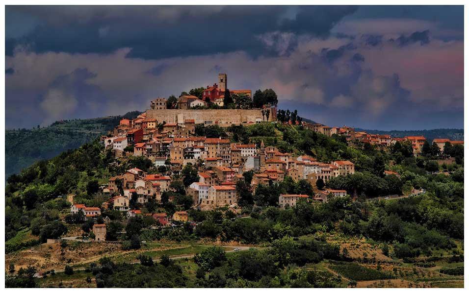 #Motovun #Istria #Croatia - Chasing the Donkey