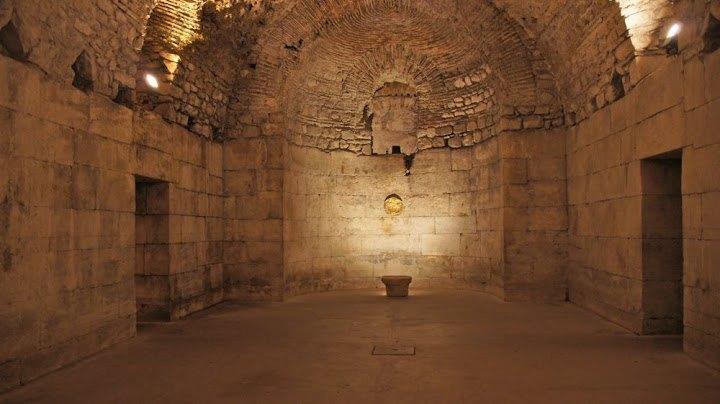 Croatian UNESCO World Heritage Sites - Split - Travel Croatia like a local