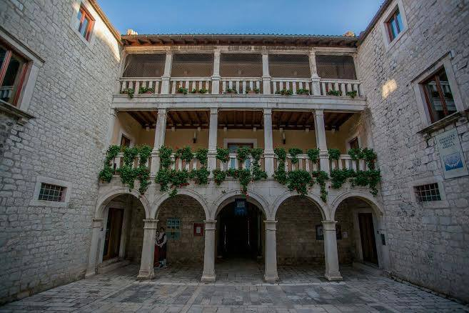 Kaštel Lukšić Castle Vitturi where Dobrila was born