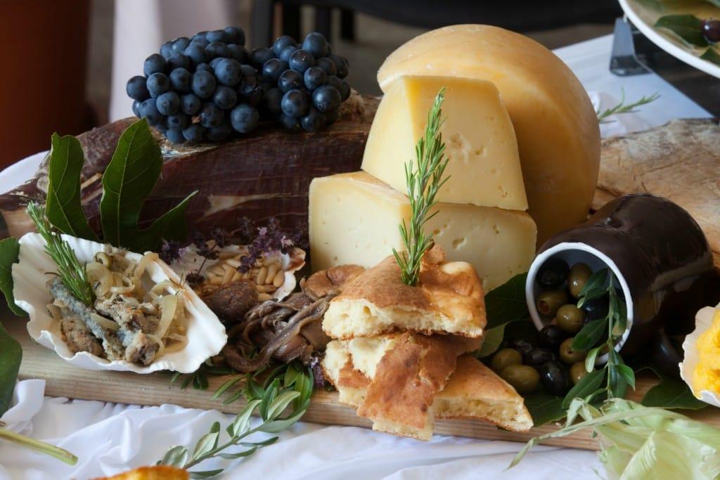 Starigrad Paklenica Hotel Vicko Breakfast | Crotaia Travel Blog