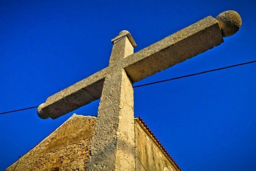 Travel to Croatia - Silba Island cross