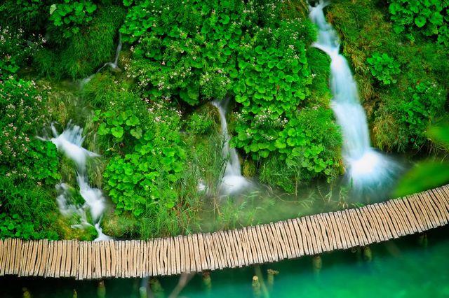 travel to croatia - vacation in croatia - plitvice lakes 4