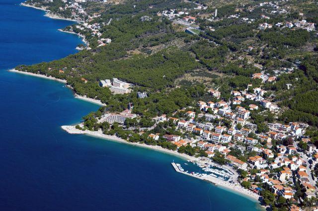 Hotel Berulia Brela Aerial view