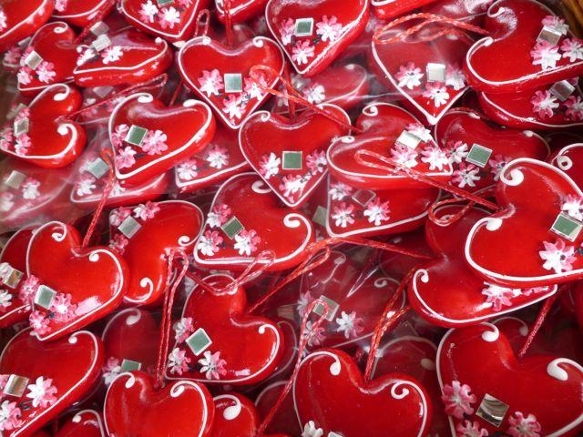 Croatian Culture_Gingerbread_Licitar Hearts_ Travel Croatia