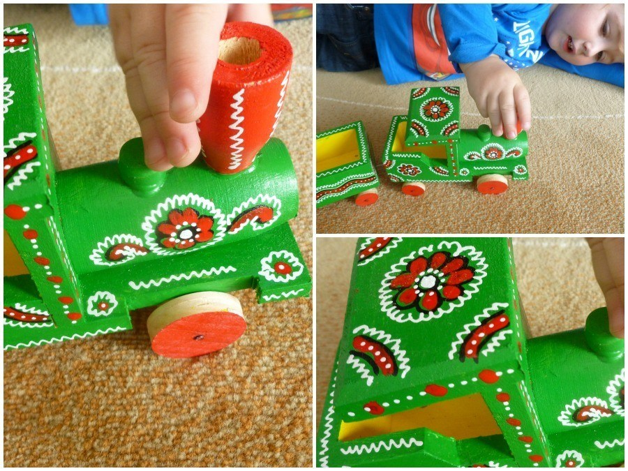 What to Buy in Croatia Traditional Handmade Toys_Playing
