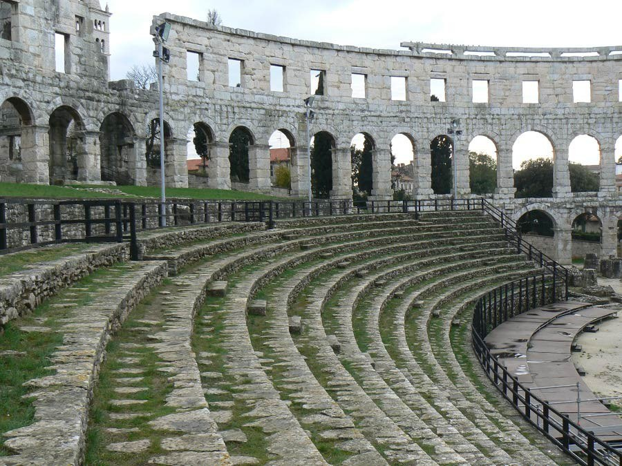 Things to Do in Pula   Amphitheater