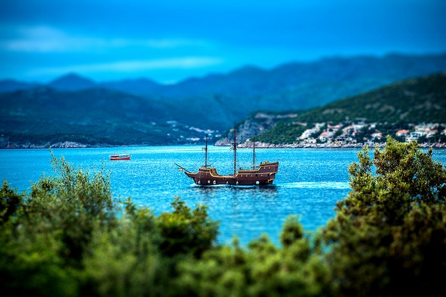 Pirate Ship Dubrovnik | Travel Croatia Guide