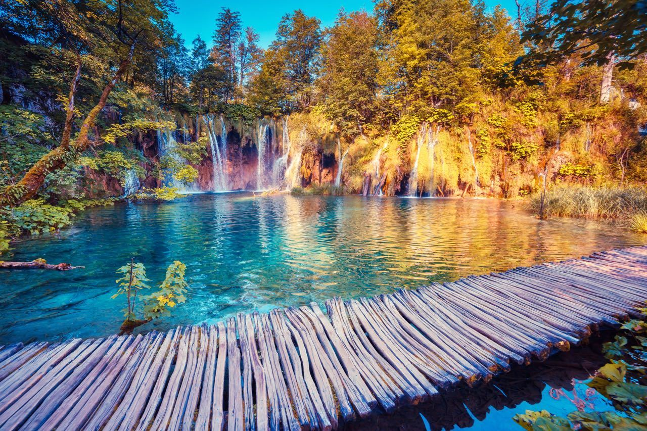 PLITVICE LAKES - CROATIA TRAVEL BLOG