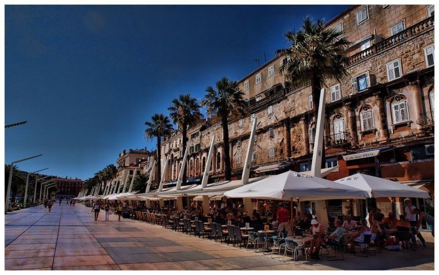 Riva | Things to do in Split | Chasing the Donkey Croatia Travel Blog