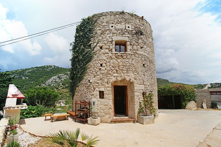 Hvar Weird AccommodaWeird Accommodation in Croatia | Croatia Travel Blog