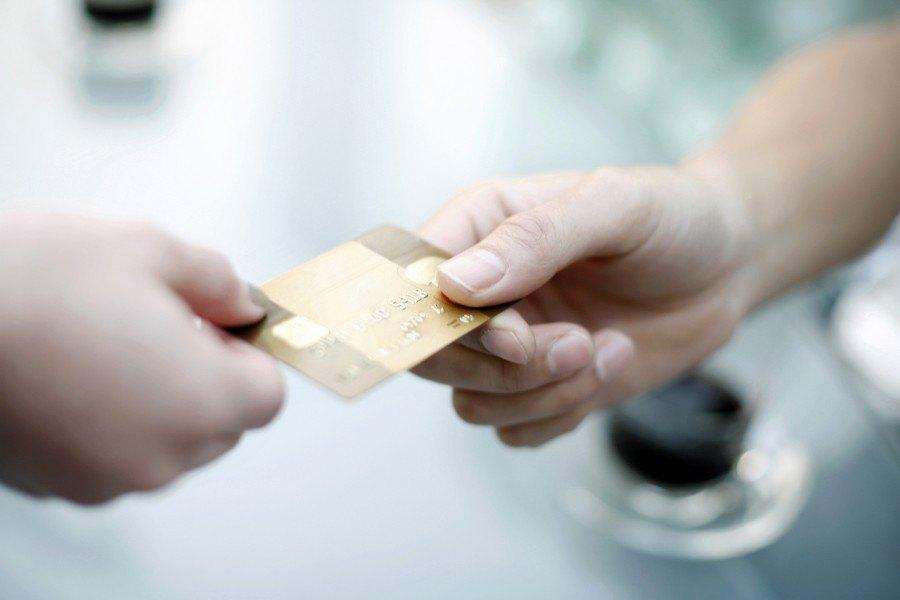 Credit Card_Save Money on Flights| Croatia Travel Blog