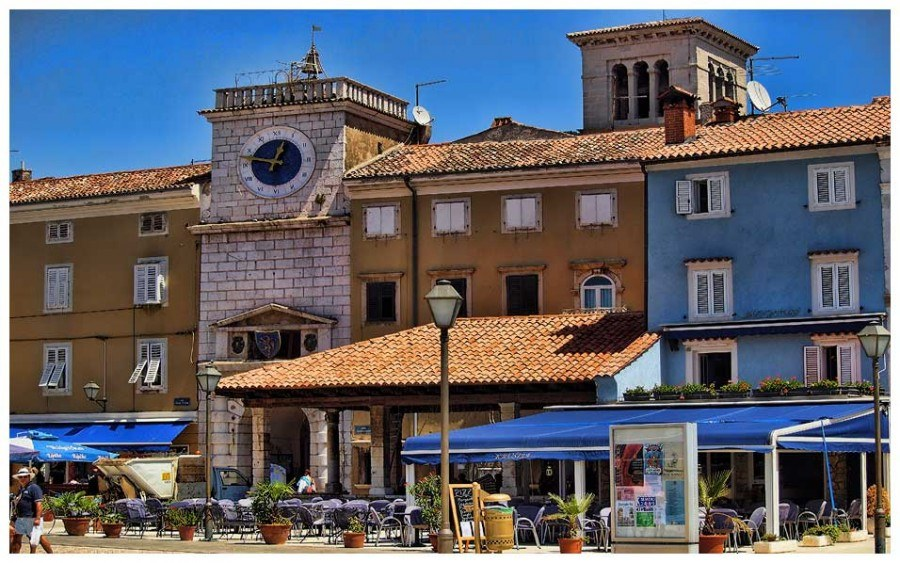 Things to do on Cres | Cres City Outdoor Dining | Croatia Travel Blo