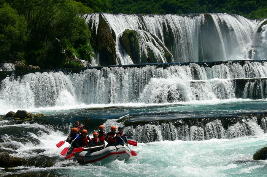 Things to do in Bosnia and Herzegovina | rafting-una-river-bosnia | Croatia Travel Blog