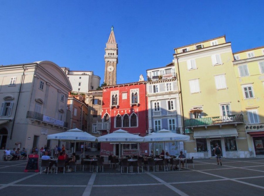 Things to do in Piran Slovenia | Venetian House and Bell Tower | Slovenia Travel Bog