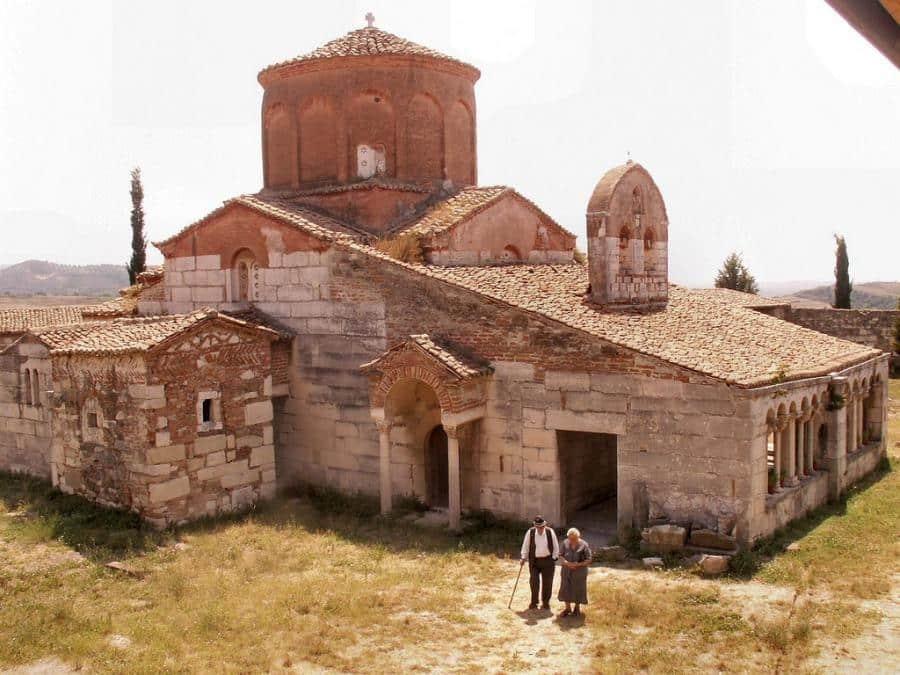 apollonia-albania_albania-travel-blog