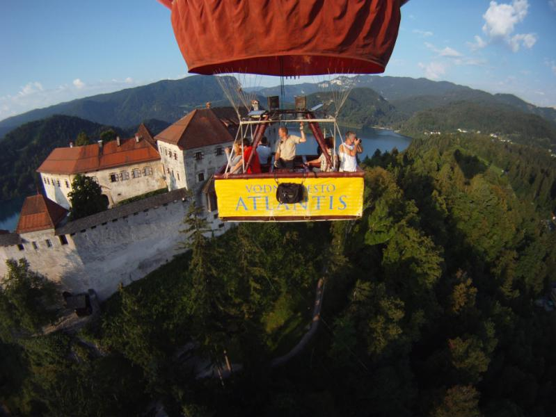 ballooning_lake_bled-slovenia_travel_blog