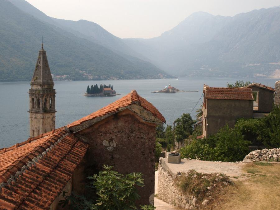perast-monetenegro_montenegro_travel_blog