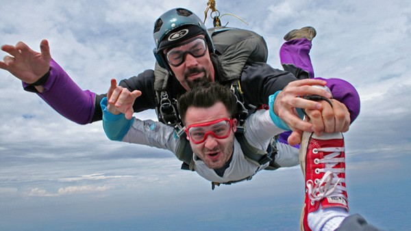skydiving_lakebled-slovenia_travel_blog