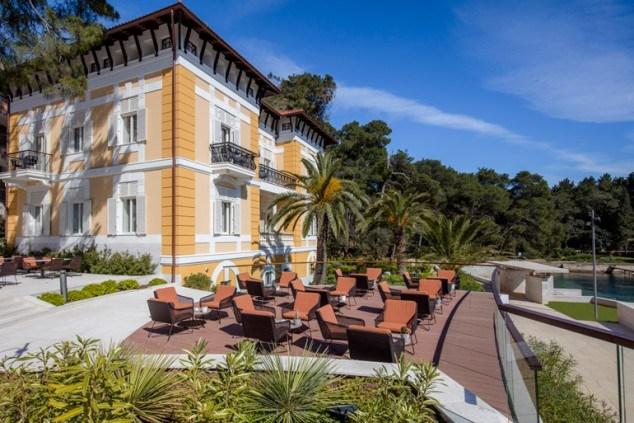 Things to do in Croatia_Unique Luxury Accomodation Alhambra_Croatia Travel Blog