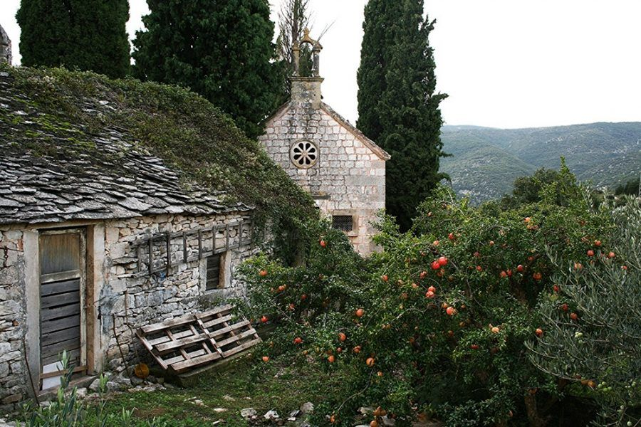 Tiny Croatia Villages and Towns - Skrip, Croatia Travel Blog