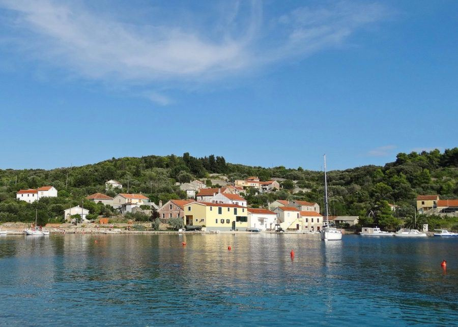 Best Places to Visit_Rava Island - Croatia Travel Blog