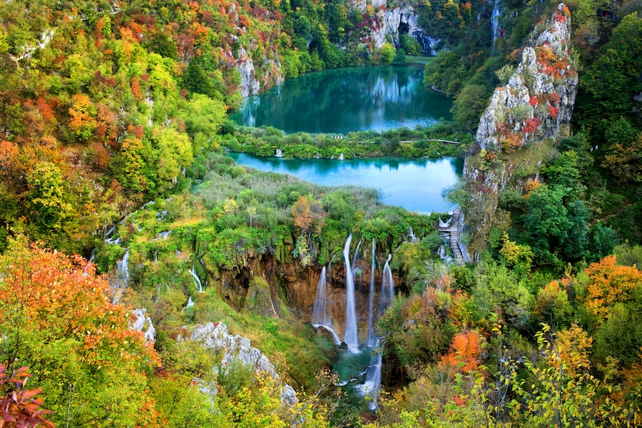 PLITVICE LAKES NATIONAL PARK FALL BEST PHOTO