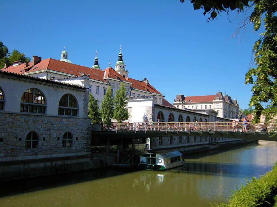 Things to do in Slovenia_The Bridges of Ljubljana_Butchers' bridge