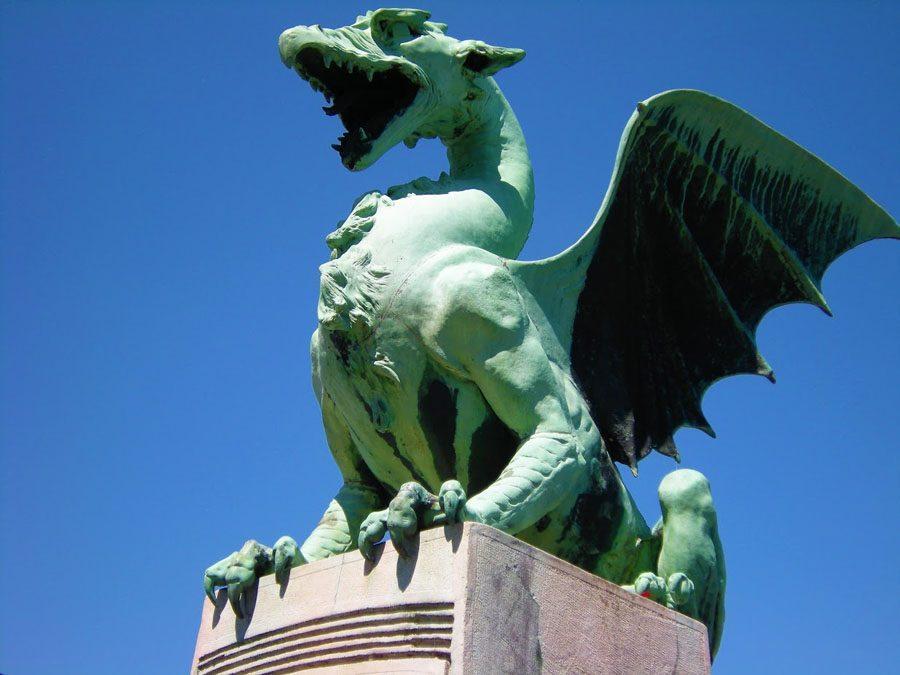 Things to do in Slovenia_The Bridges of Ljubljana_Dragon