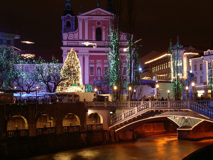 The Bridges of Ljubljana - Triple bridge - Slovenia Travel Blog