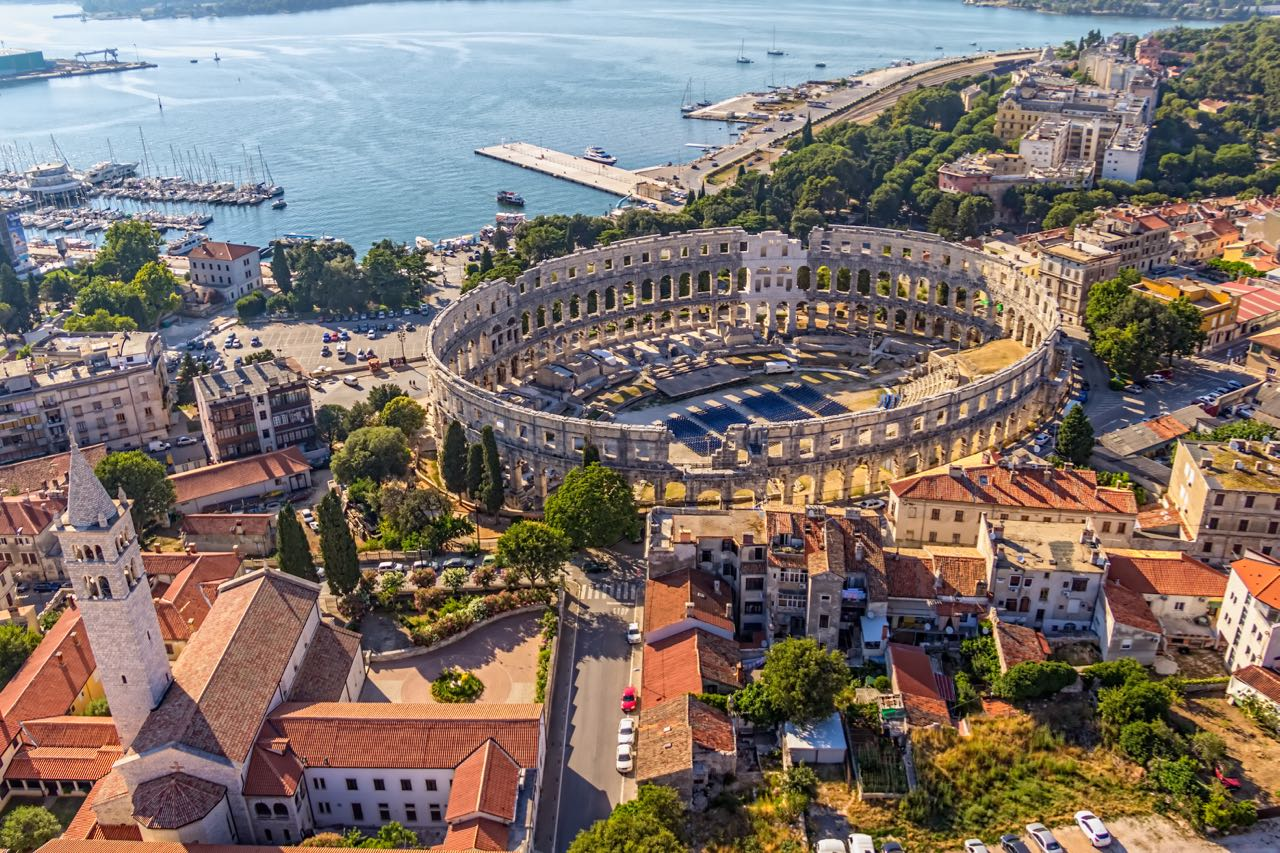 How To Get From Pula To Zadar (& Zadar to Pula) In 2020