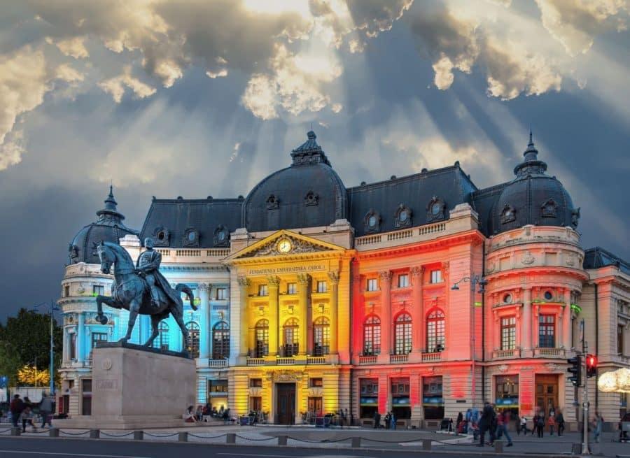 Calea Victoriei_The National Library. Romania_shutterstock_792758884