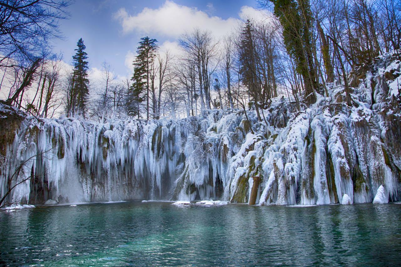 PLITVICE WINTER_ Winter in Croatia