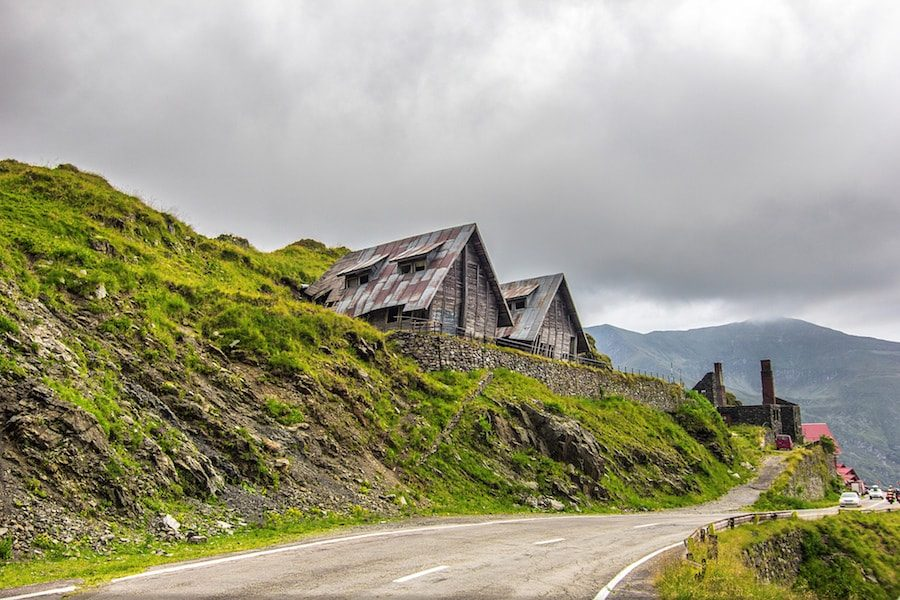 Romania Travel Blog_Things to do in Romania_5 Sights not to miss in Romania_Transfagarasan Road