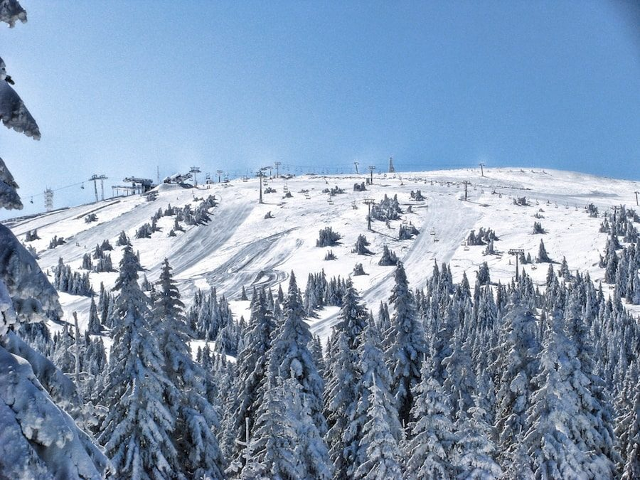 Serbia Travel Blog_Things to do in Serbia_Skiing in Kopaonik