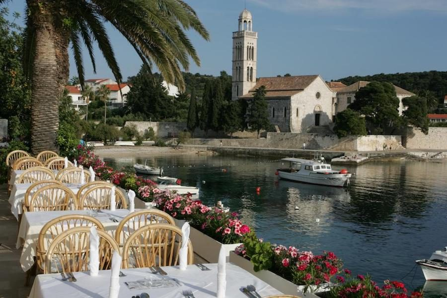 Things to do in Croatia_Where to stay on Hvar_Villa Dalmacija Hvar Hotel