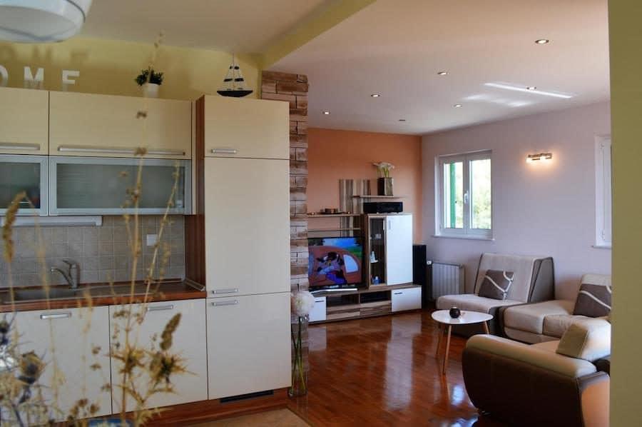 Croatia Travel Blog_Things to do in Croatia_Where to Stay in Šibenik_Sara Nautica Apartment