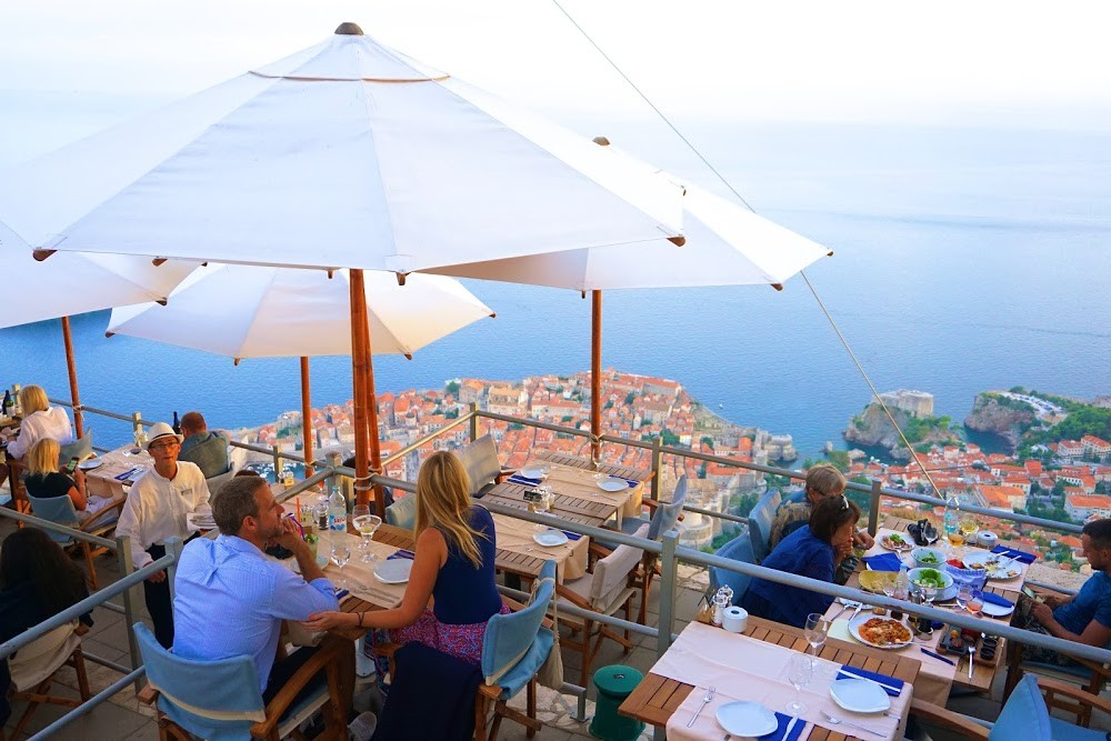Best Restaurants In Dubrovnik (& Where To Get Drinks)