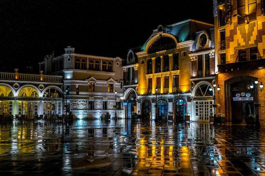 Georgia Travel Blog_Things to do in Batumi_Piazza Square