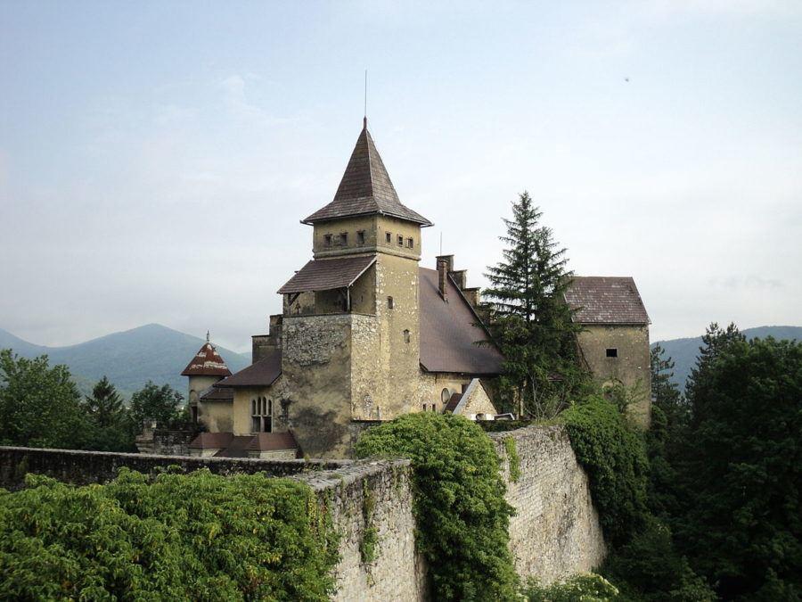 Ostrozac Castle Bihac