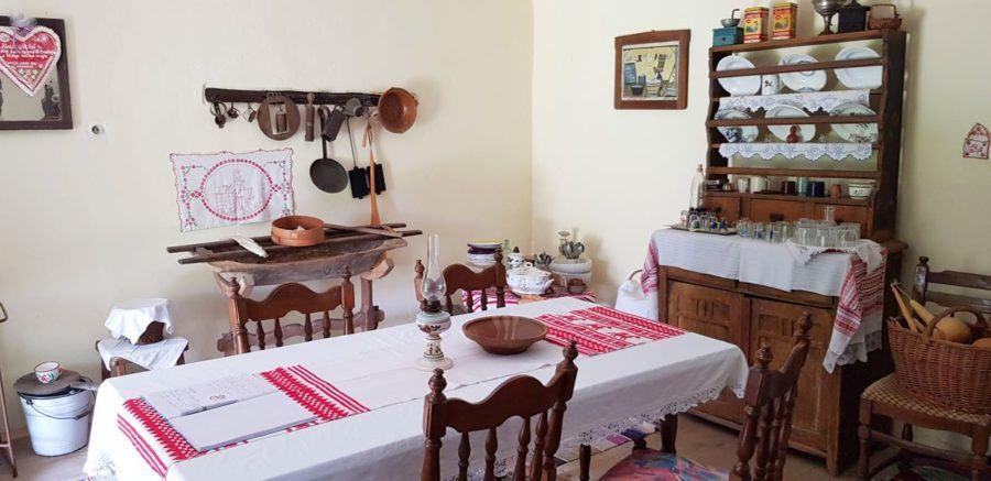 Things To Do In Slavonia - Snašinih Kućari Kitchen