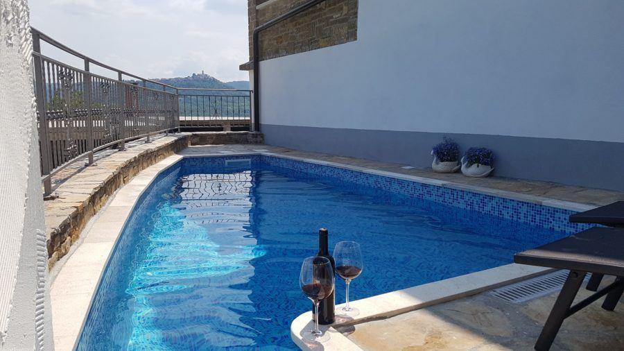 Airbnb Livade Belveder Pool