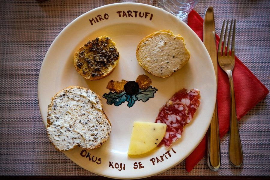 Things To Do In Motovun - Miro Tartufi
