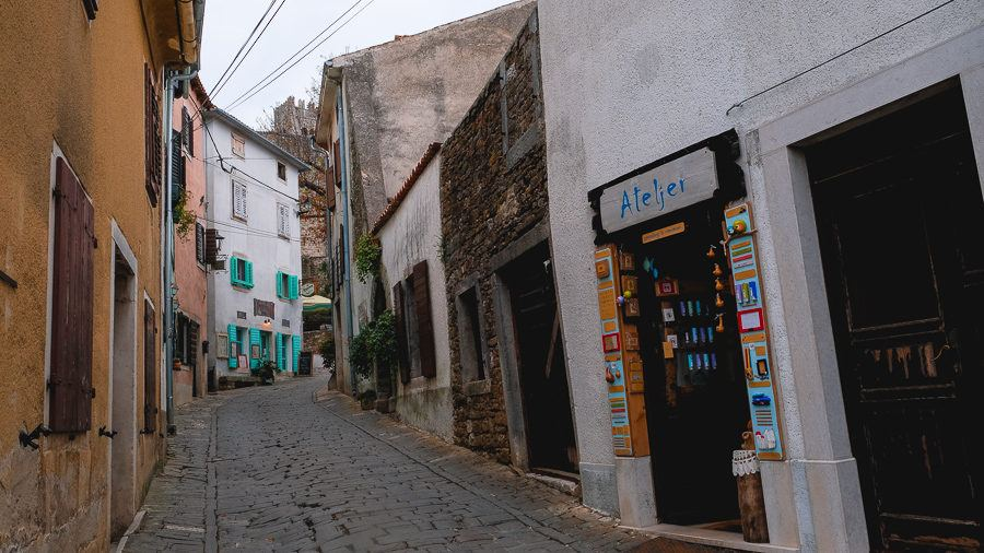 Things To Do In Motovun - Walk & Shops 2