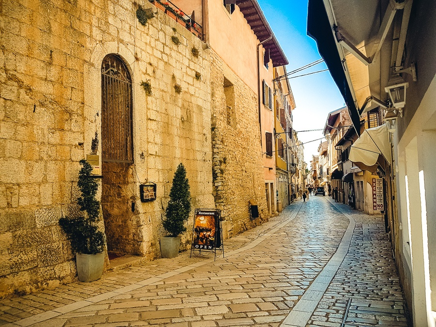 Things To Do In Porec Street
