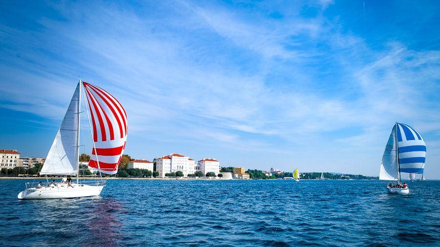 Zadarska Koka - Red and Blue Sails