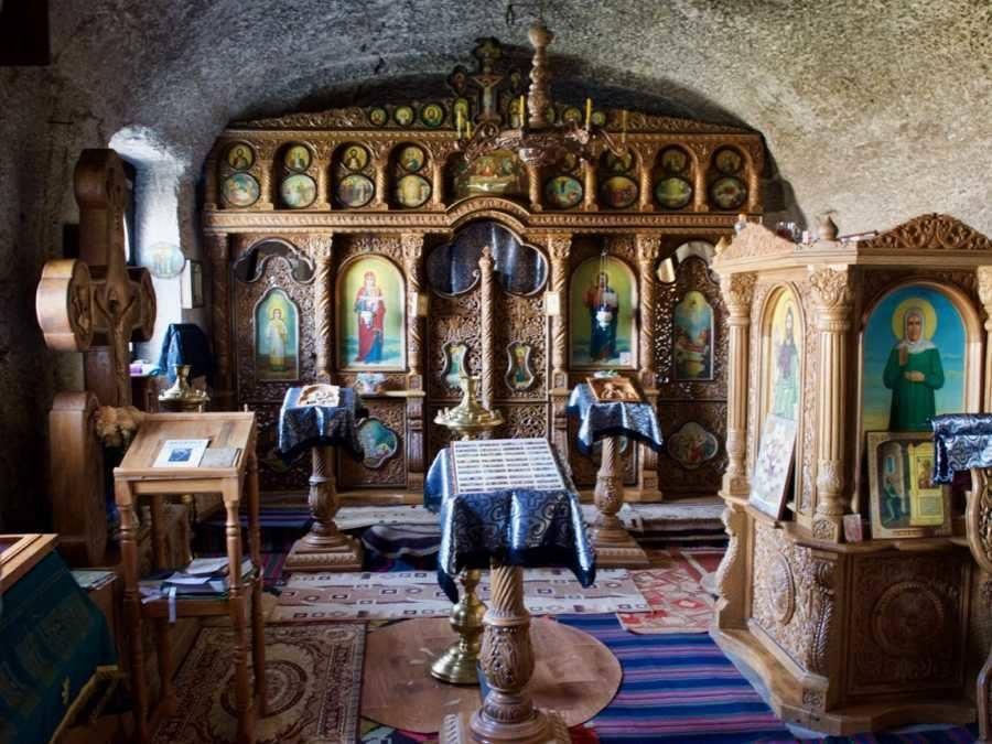 Top-Things-To-Do-In-Chișinău-Moldova_Orheiul-Vechi-cave-chapel