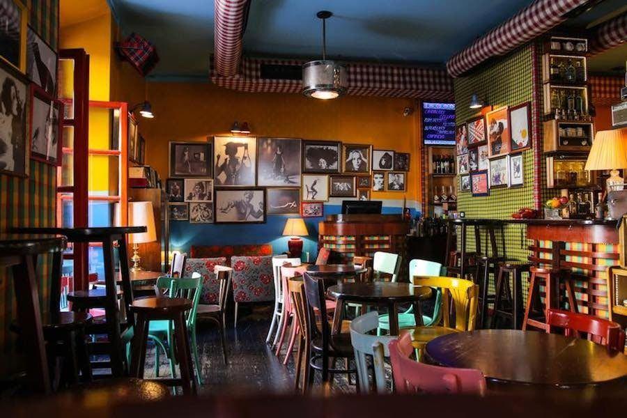 Albania Travel Blog_Things to do in Albania_Best Restaurants in Albania_Radio Bar