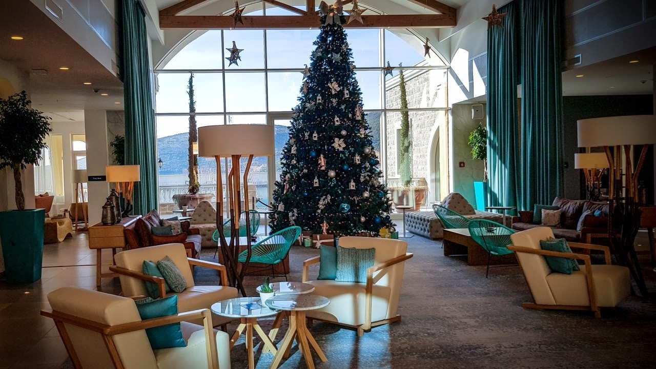 The Chedi Lustica Bay_Christmas Tree