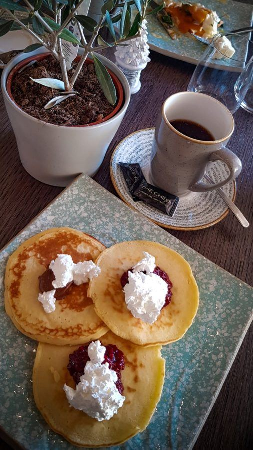 The Chedi Lustica Bay_Pancake Breakfast