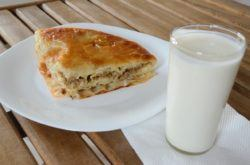 Macedonian traditional food in Macedonia_Burek